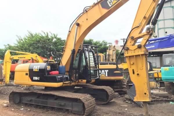 Excavator 20 Ton Dengan Breaker